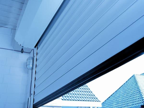 Serrande avvolgibili tutto su ispirazione design casa for Prezzi del garage 30x30